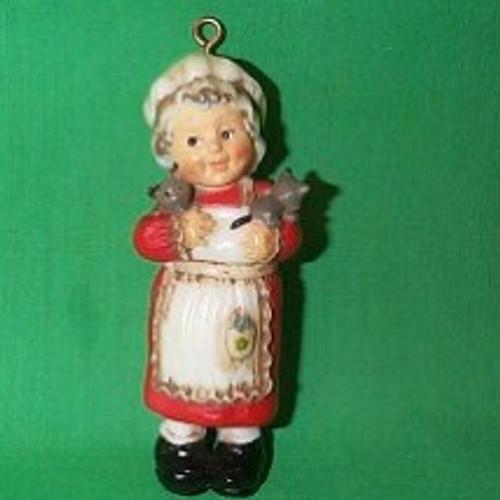 1975 Mrs. Santa