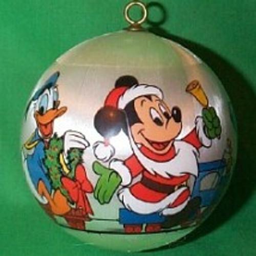 1978 Disney - Mickey Santa
