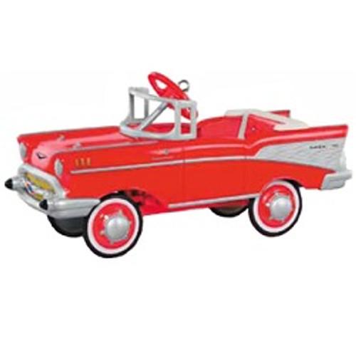 Hallmark QX9019 1957 Chevrolet 3100 Truck Ornament