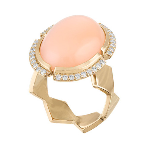 Lucia Cabochon Ring with Diamonds and Peach Moonstone