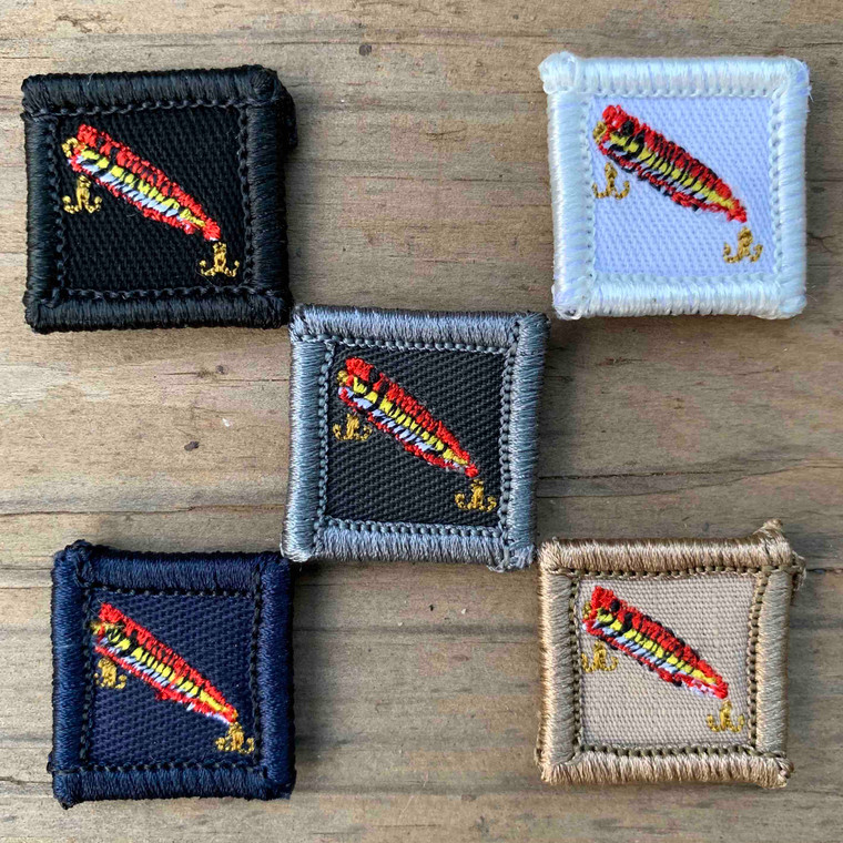 Fishing Lure Red 1x1 Loyalty Badge