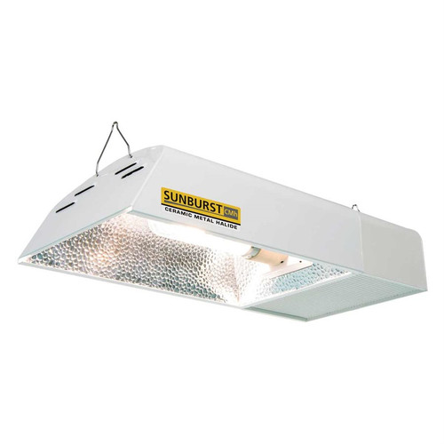 • The Sunburst CMh has a built-in digital ballast designed specifically to run the 315W ceramic metal halide lamp  • 4200K 315W CMh Lamp included
