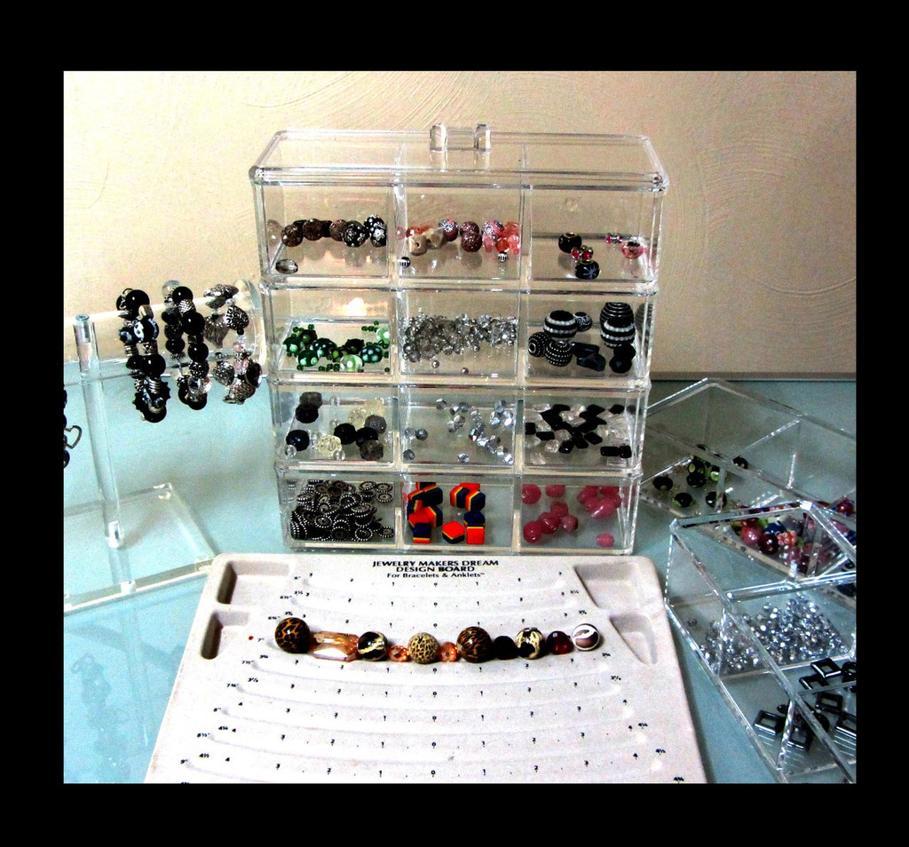 Acrylic Stackable 3-Compartment Organizer Storage w/ Lid - sku# 5697