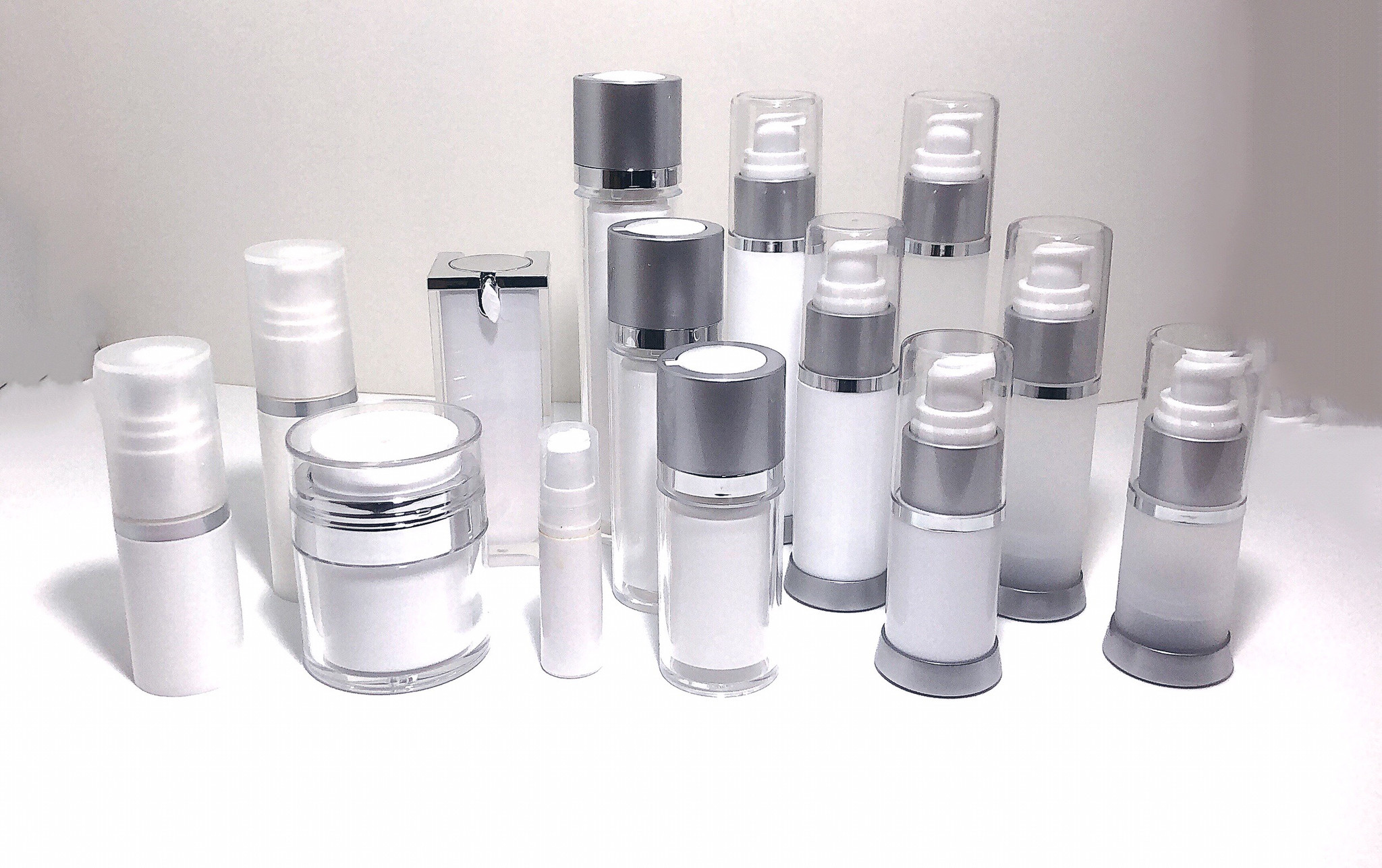 What is an Airless Pump Bottle and what's the advantage in using them?