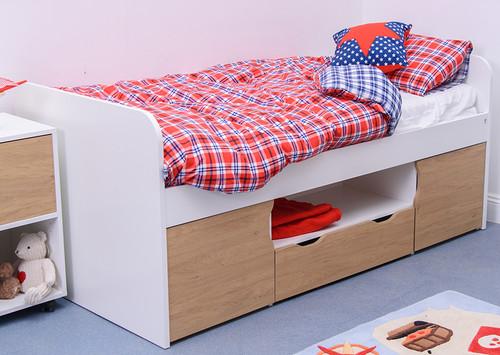 Treehouse Furniture Charterhouse Oak Cabin Bed
