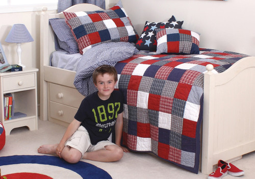 An image of McKenzie Single Quilt