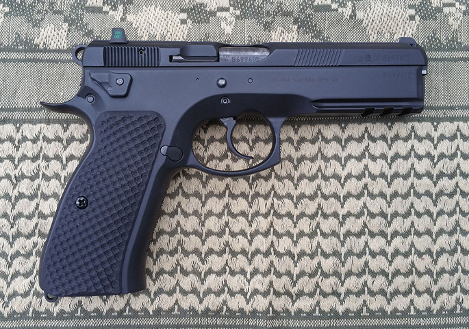 CZ 75 Palm Swell Bogies Black G10
