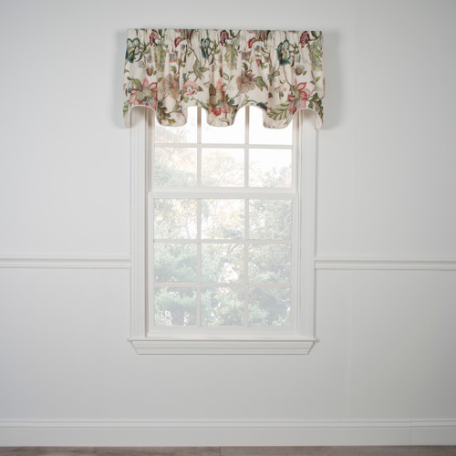 Brissac  Lined Scallop Valance in Red