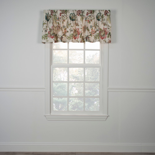 Brissac Tailored Valance in Red