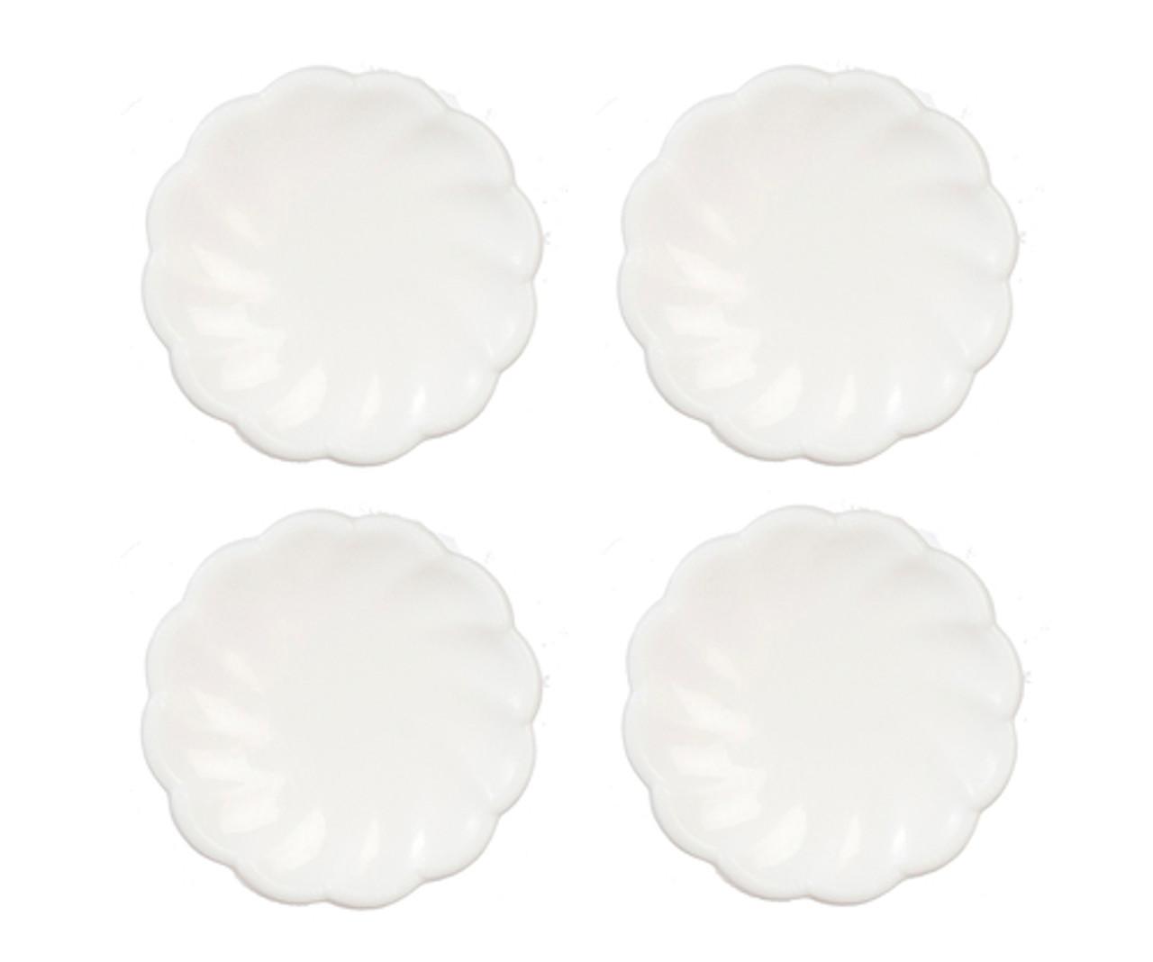 4 Small Victorian Plates - White