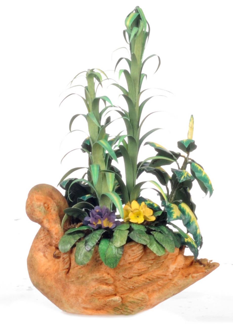 Arundo Mix Planter and Swan Planter
