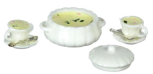 Dollhouse City - Dollhouse Miniatures Clam Chowder Soup Set