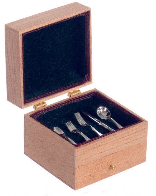 Chest with Drawer - Silverware