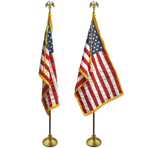 Flag Set with and Without Flag Spreader