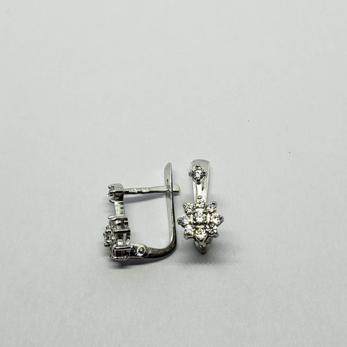 19.2k white gold flower CZ earrings