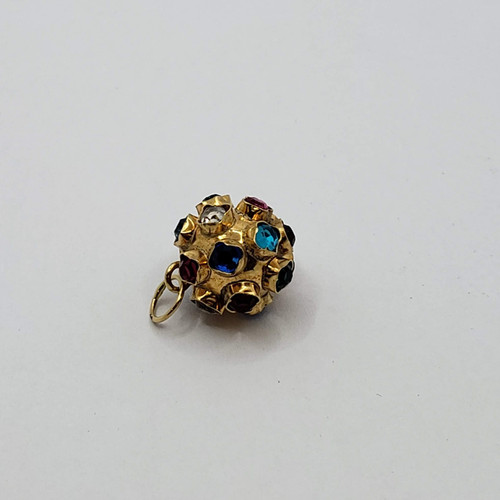 "19.2k Portuguese gold  ""mina""  synthetic stones charm"
