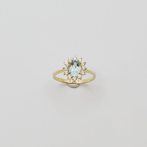 18k Yellow Gold Synthetic Oval Stone and CZ Stone Ring