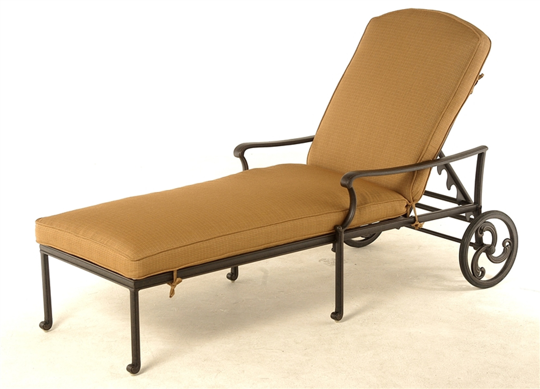 Outdoor Chaise Lounge.Hanamint Bella Outdoor Chaise Lounge