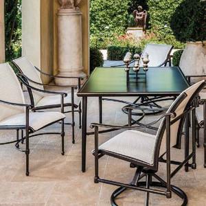 Talia Table