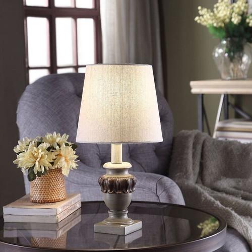 "Crestview Polyresin Table Lamp 14"""