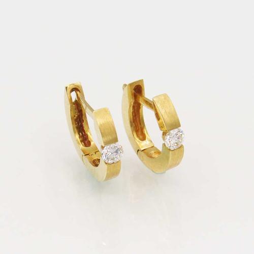Brinco de brilhantes ouro 18k 3,1 mm 1 diamante