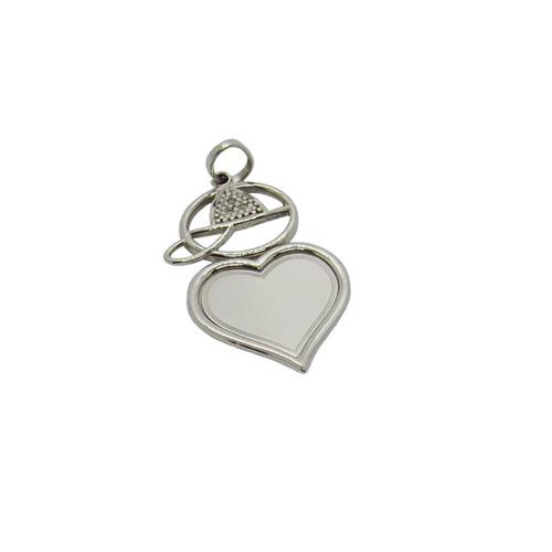 Pingente de ouro branco 18k menino coração com brilhante 31,36mm
