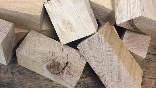 Wood Americn Oak Chunks Per Kg