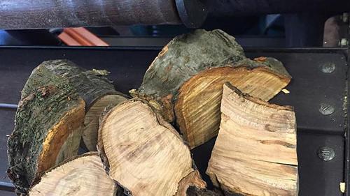 Wood Cherry Chunks Per Kg