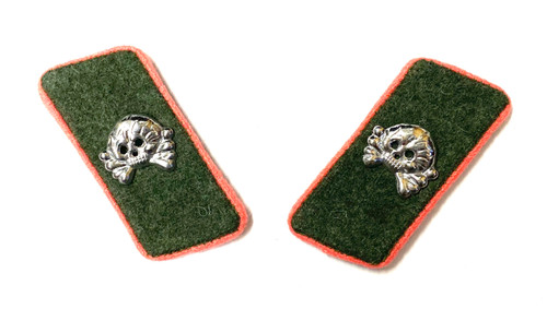 SS Collar Tabs - Assault Gunner - Field Grey Backing -  Pink Piping