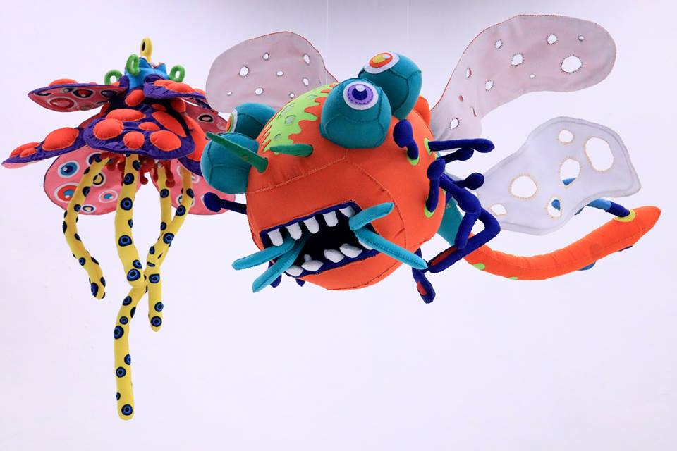 natalie-burlutskaya-illusionary-flower-and-dragonfly-felt-mixed-media-2018-james-hsieh.jpg