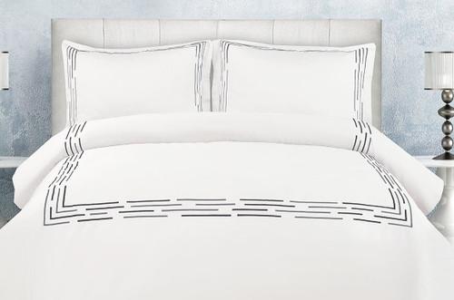 Cannes White & Black/Grey Linen Set