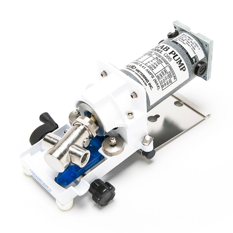 The QB5-Q3CSC Direct Current Pump is ideal for remote and mobile applications.