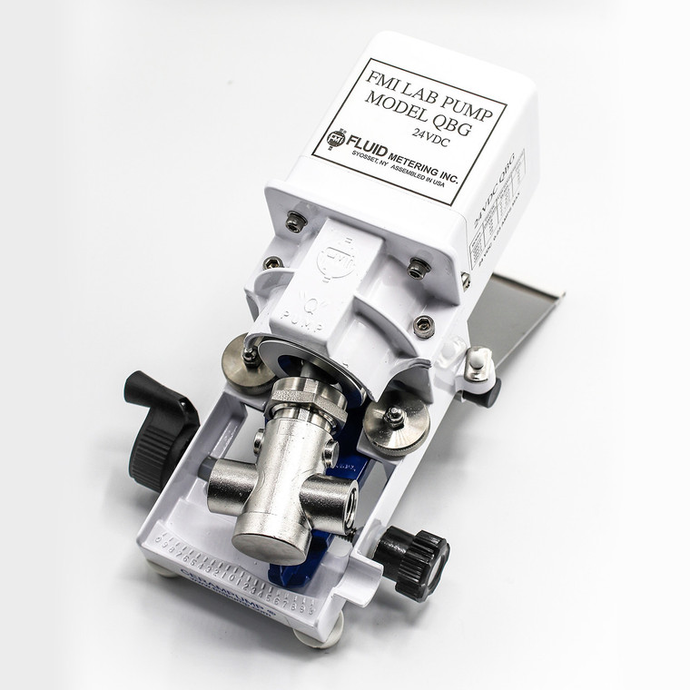 The QBG-Q0SSY Low Direct Current Pump is ideal for remote and mobile applications.
