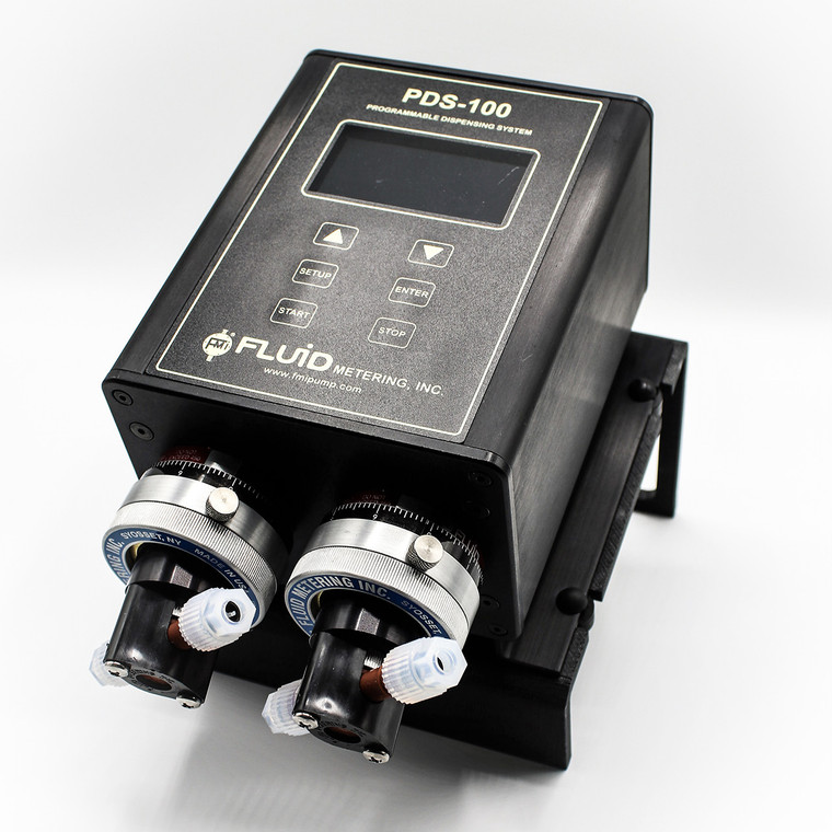 The PDS100-2RH-RH00STY is a programmable precision dispenser.