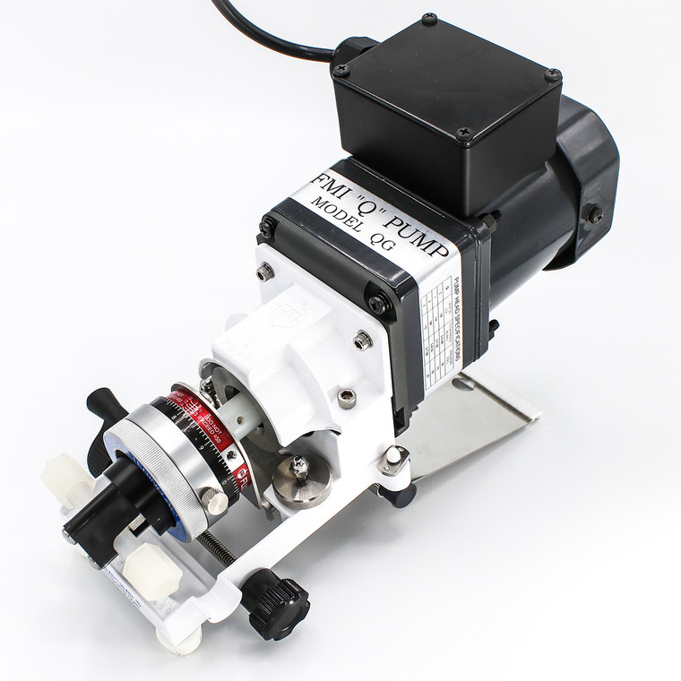 Equipped with a rugged, high speed TEFC motor, the QG250-RH00SKY pump is designed for general lab and industrial use.<