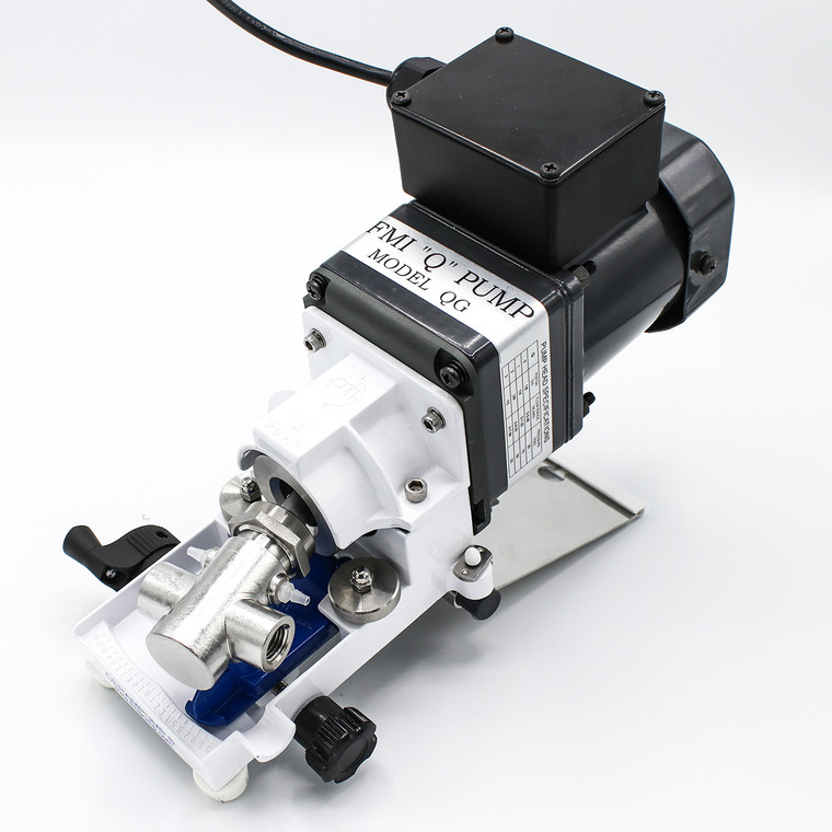 Equipped with a rugged, high speed TEFC motor, the QG250-Q1CSC pump is designed for general lab and industrial use.