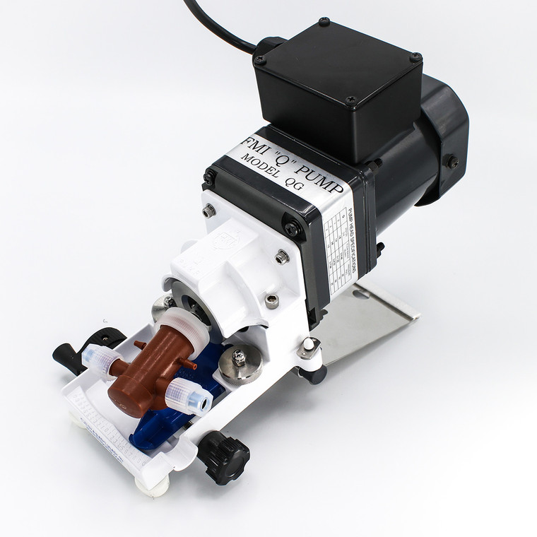 Equipped with a rugged, high speed TEFC motor, the QG250-Q1CTC pump is designed for general lab and industrial use.