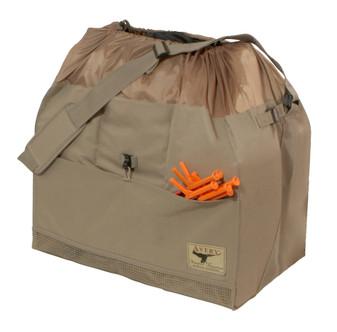 Avery 6-Slot Full Body Goose Bag