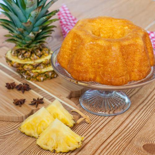 Tortuga Pineapple Rum Cake (16oz