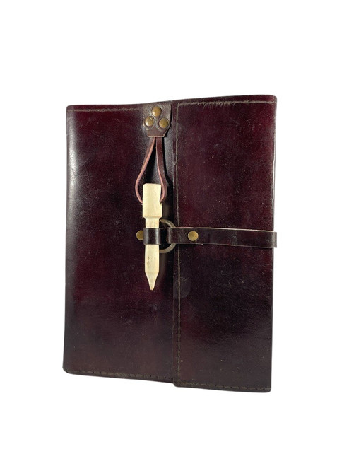 Leather journal with wood peg closure 6x8 inches
