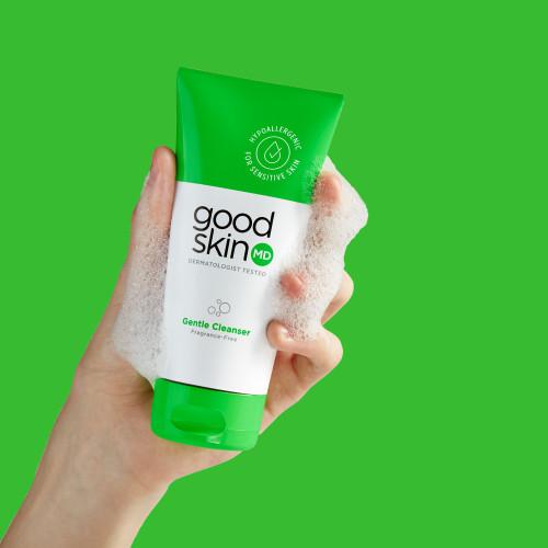 Gentle Cleanser in Hand