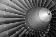 Can Automotive Engine Oil Be Used in Aircraft Piston Engines?