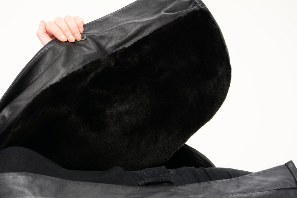 Ladies Fine Leather Cape With Fur Lining