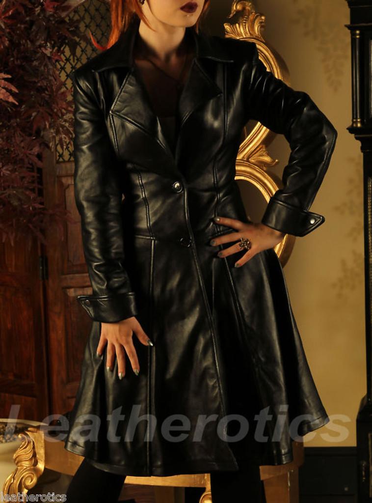Ladies Leather Victorian Coat image 2