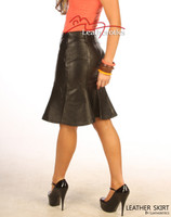 Classic style leather skirt
