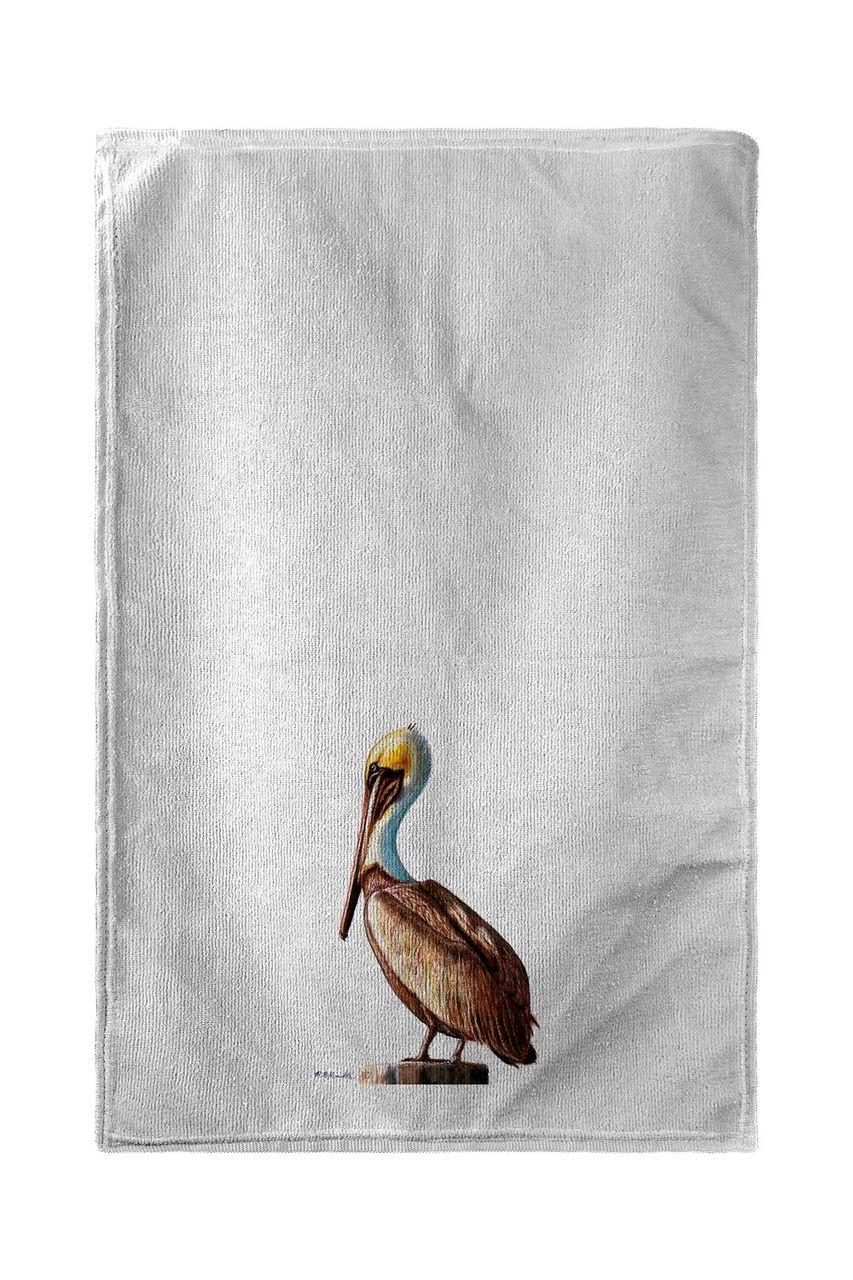 Pelican Left Beach Towel