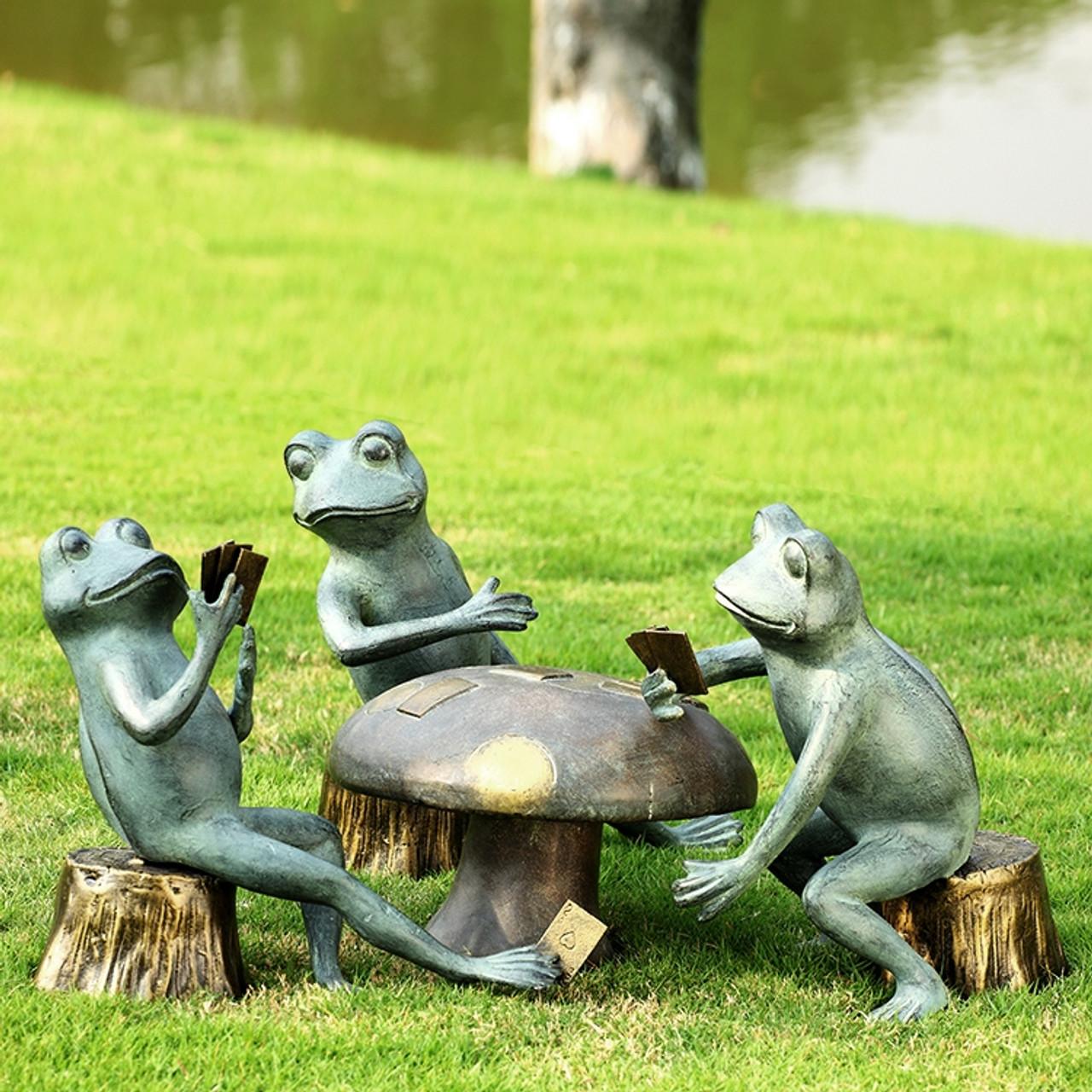 Card Cheat Frogs Garden Sculpture