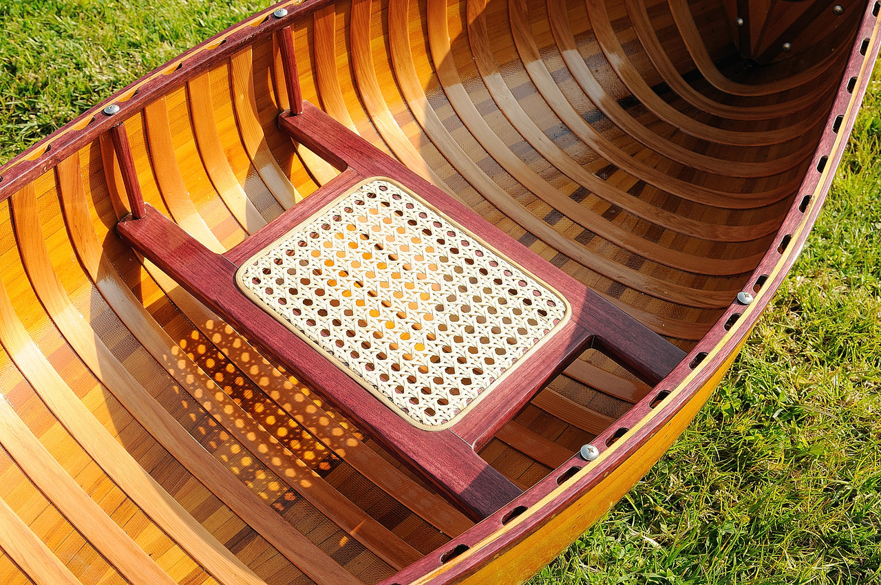 Wooden Canoe with Ribs - 6'
