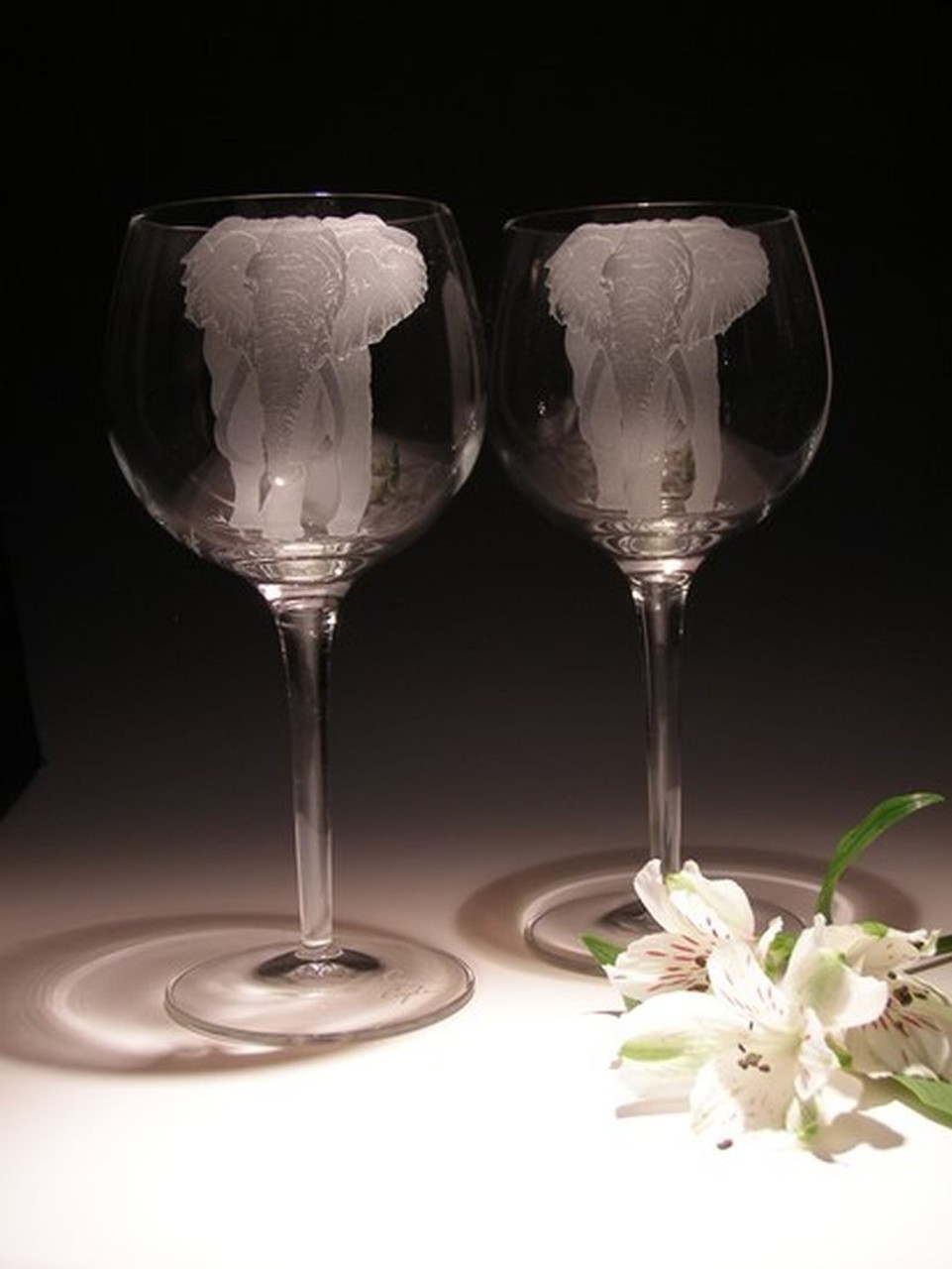 Hand Carved Crystal Wine Glasses - 18 oz - Set of 2 - Personalized