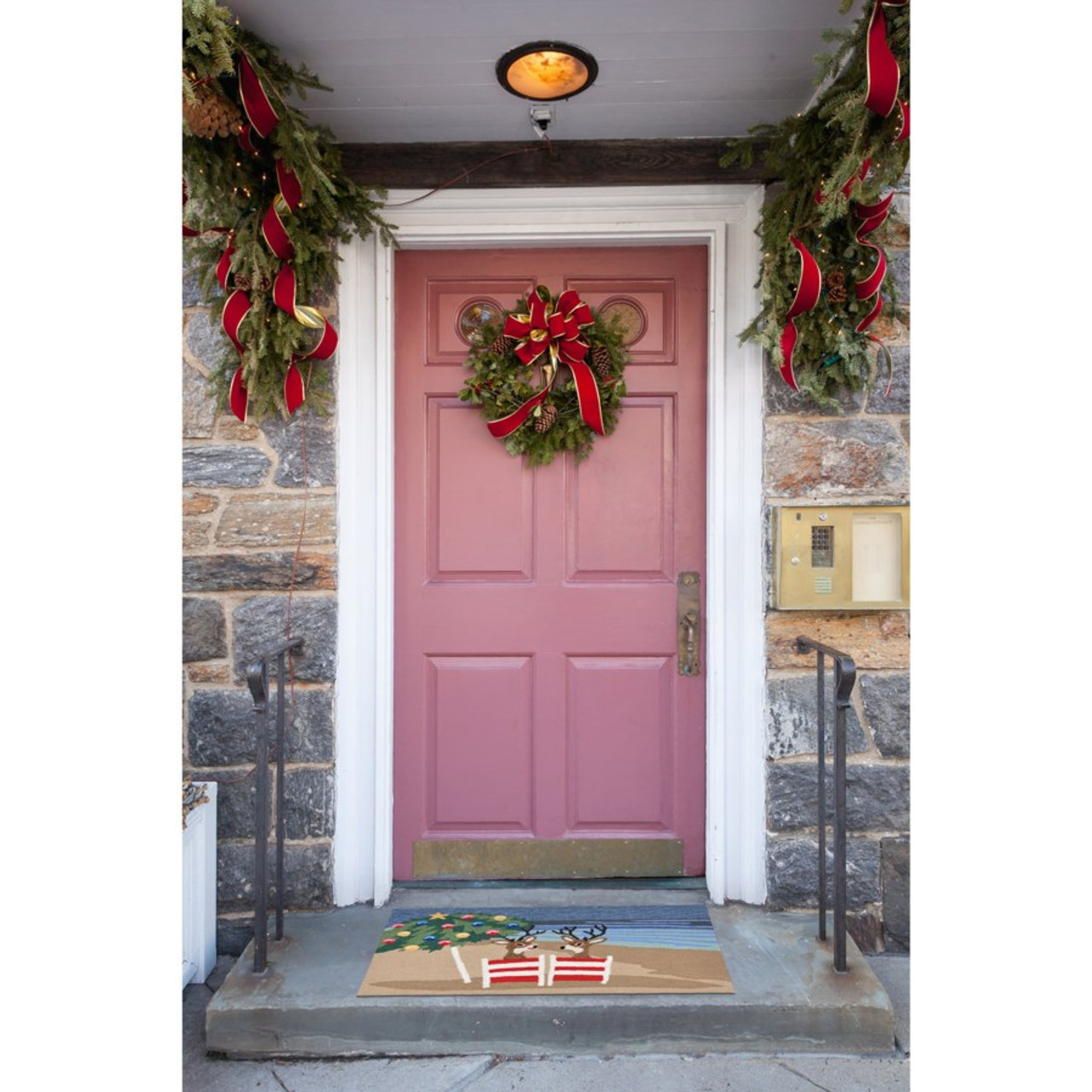 Frontporch Coastal Christmas Indoor/Outdoor Rug - Lifestyle